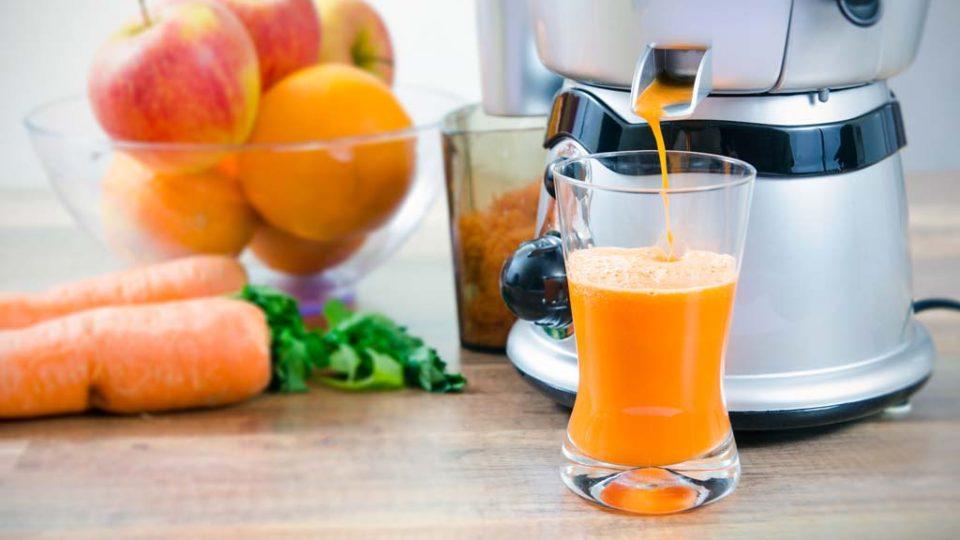 Hjemmelavet friskpresset juice