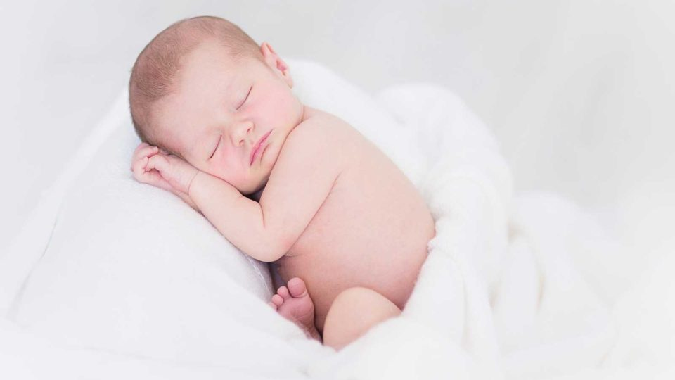 Kan en Tyngdepose redde din og dit barns søvn?